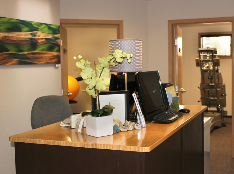 At Twin Lakes Chiropractic, we want you to feel welcome the moment you step through our doors...